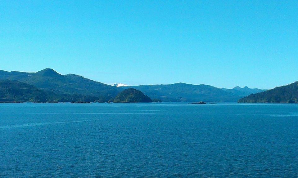 After a week of rain, I leave Haida Gwaii under clear skies.
